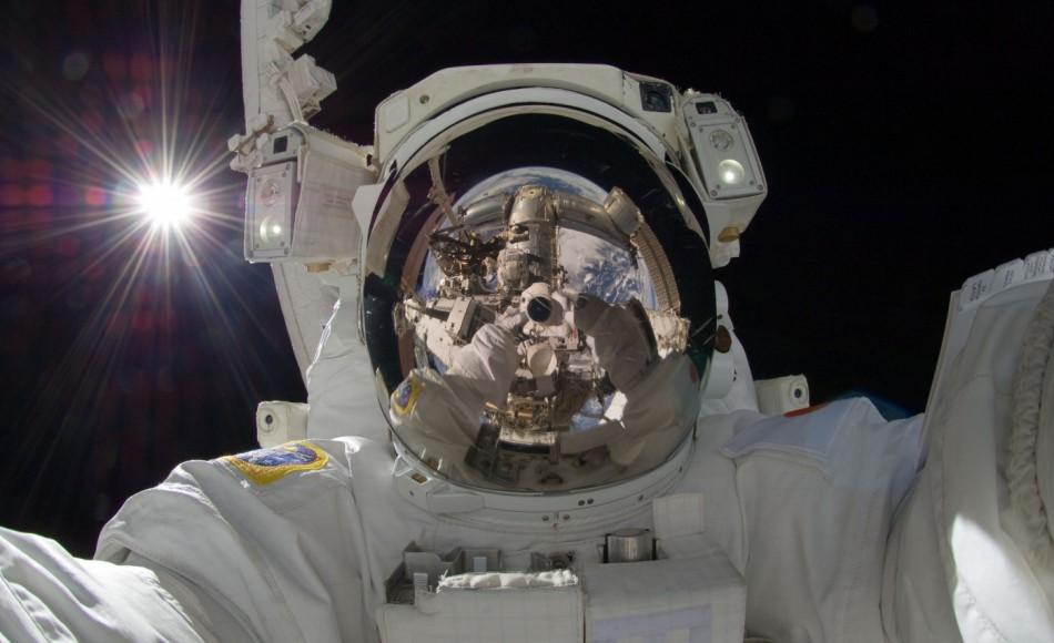 Se manca la taglia per la tuta spaziale. Annullata la prima passeggiata tutta al femminile