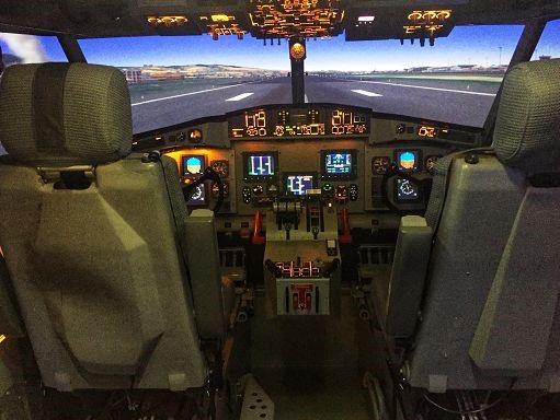 Lotta agli incendi, italiano l'unico simulatore di Canadair al mondo