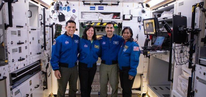 La NASA inizia i test sui prototipi abitativi per il Gateway.