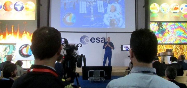 Luca Parmitano presenta la missione Beyond, e ci lancia una sfida