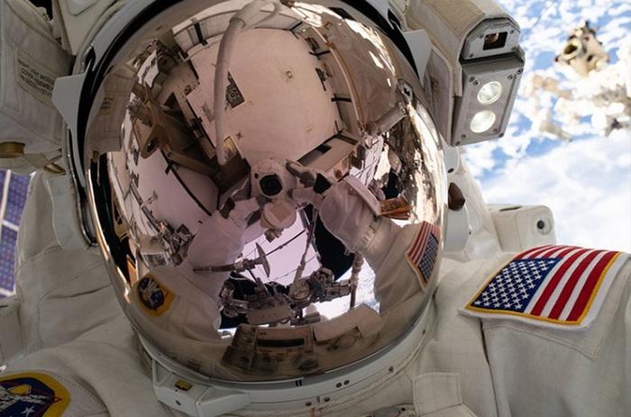 Al via la passeggiata spaziale che prepara il futuro