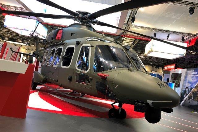 Leonardo presenta a DSEI l'elicottero AW149 per il trasporto tattico
