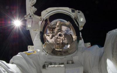 Ecco la prima passeggiata spaziale tutta al femminile. Il debutto rosa della Nasa