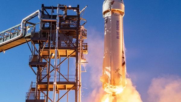 Blue Origin rinvia il primo volo umano del New Shepard