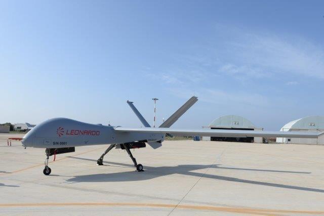 Primo volo per il nuovo drone Falco Xplorer di Leonardo