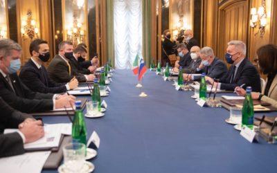 L'ambizione che serve alla Difesa europea (con la Nato). Il punto di Guerini