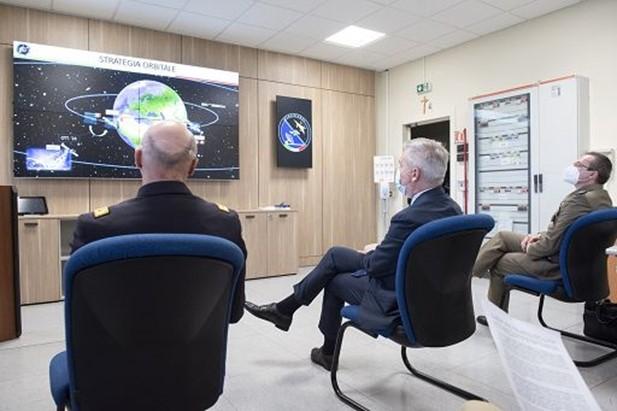 Spazio, concluso il re-orbiting del satellite italiano Sicral-1 Effettuato dal Centro Interforze Gestione e Controllo Sicral