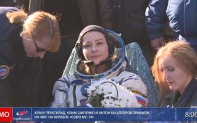 Girato il primo film nello Spazio, la troupe russa torna sulla Terra dopo 12 giorni